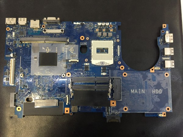 Original DELL Precision M6800 Mainboard i7 4.Gen. Motherboard Sockel LA-978